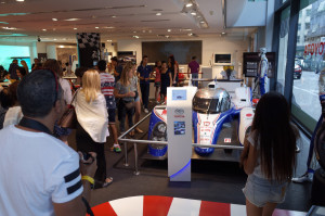 トヨタはルマンが旬なので、最新TS030と、昔のTS020 GT-oneのセットで展示でした。他はヨーロッパ専用のAYGOが一等地に展示でした