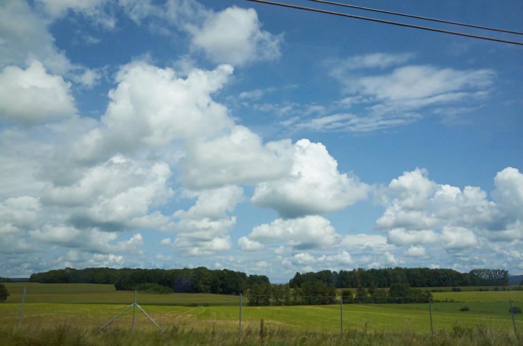 ひたすら田園風景が続きます