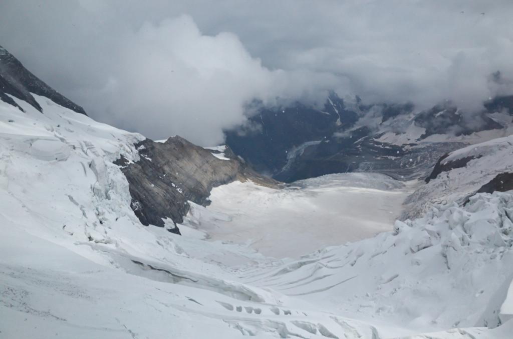 アイスメア駅からは氷河が見えました!