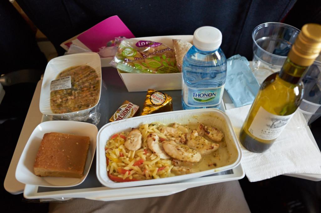 機内食ディナーメニュー