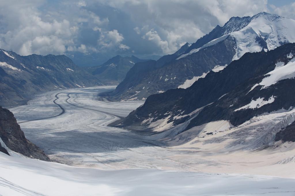 スフィンクス展望台から見るアレッチ氷河。見れてホントに良かった!(^_^)/