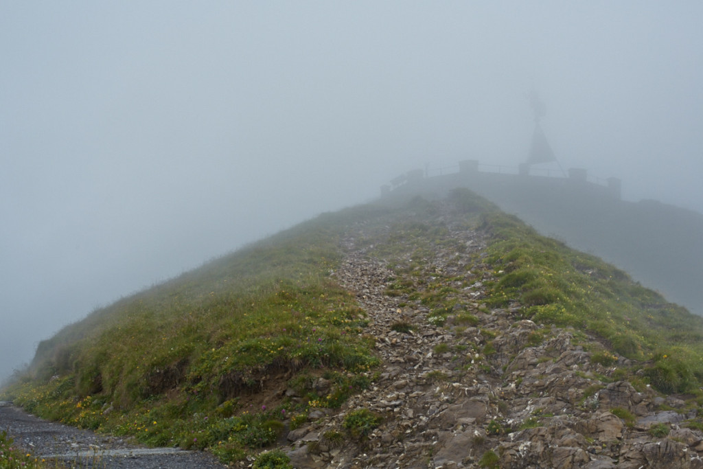一応山頂っぽい、ロートホルンクルムまで行ってみました(^_^;;